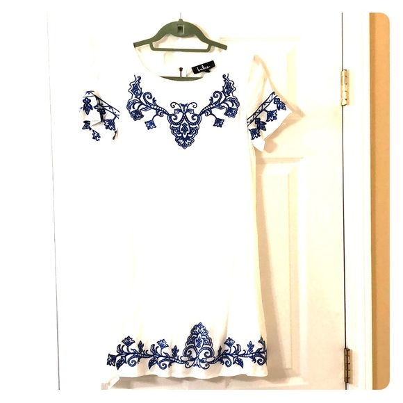 lulus Dresses & Skirts - Lulus summer dress